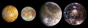 De izquierda a derecha (por orden de distancia a Júpiter): Ío, Europa, Ganímedes y Calisto. Crédito: NASA/JPL/DLR