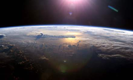 SpaceX se adentra en el mundo del turismo espacial