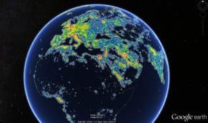 Europa, norte de África y partes de Asia en el Nuevo Atlas Mundial de la iluminación artificial del cielo, tal y como aparece en Google Earth. Crédito: Fabio Falchi