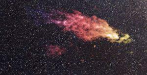 Una imagen en falso color de la Nube de Smith, tomada en 2008 con el telescopio Green Bank. Crédito: NASA
