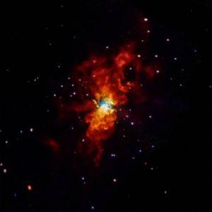 Esta imagen muestra una supernova que tuvo lugar el 21 de enero de 2014, en la galaxia Messier 82. Crédito: NASA/CXC/SAO/R.Margutti et al.