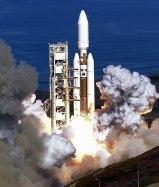 Lanzamiento del cohete Titán IV. Crédito: NASA/USAF