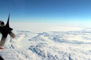 Descubren un gran cráter en Groenlandia