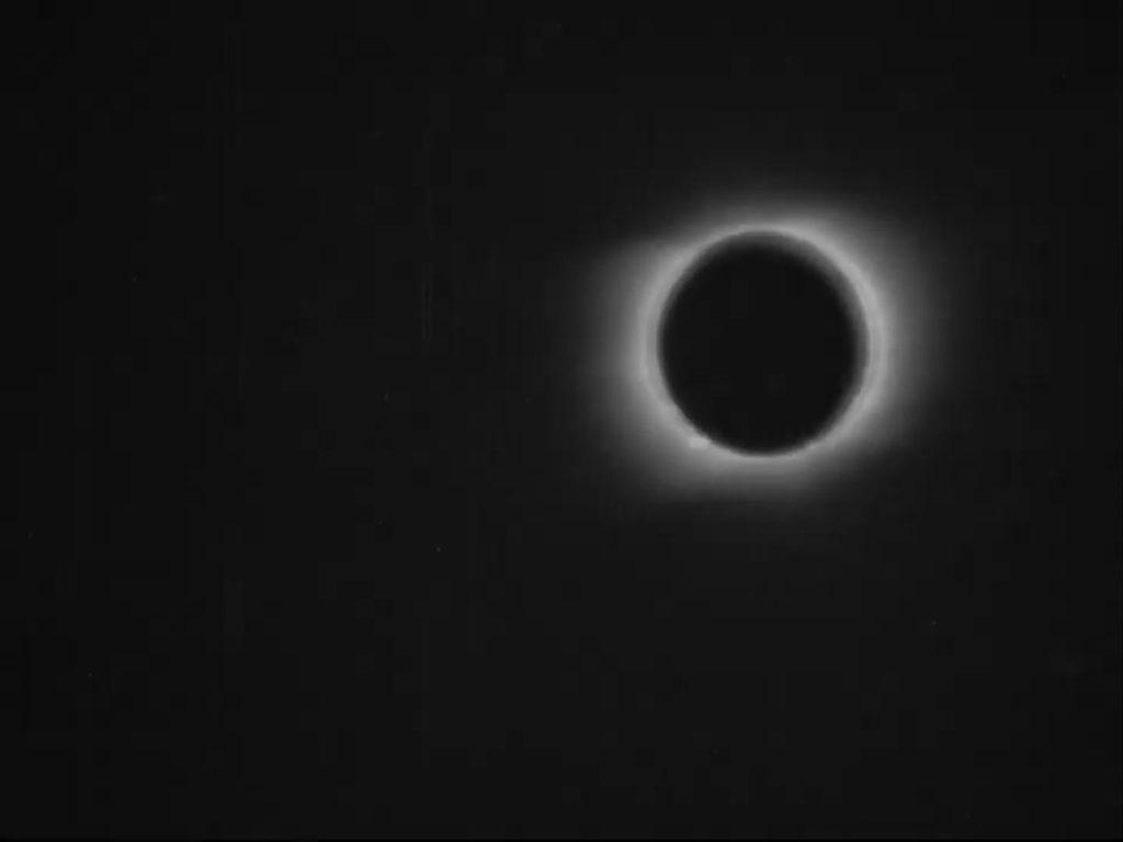 Restauran la primera grabación de un eclipse solar total