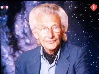 Harry Mulisch, naar wie vandaag een planeto?de is vernoemd