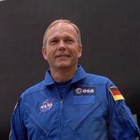 Hans Schlegel, de astronaut die onwel is geworden
