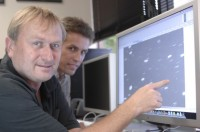 Richard Wainscoat (l.) en Marco Micheli met  </p data-recalc-dims=