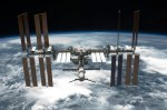 ISS-bemanning moest schuilen in Sojoez vanwege ruimtepuin
