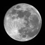 Maan wellicht 200 miljoen jaar jonger dan gedacht
