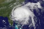 Orkaan Irene nadert de Amerikaanse kust