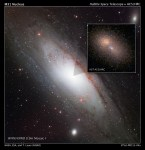 Hubble zoomt in op de dubbele kern van het Andromedastelsel