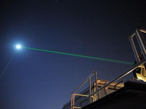 laser maan