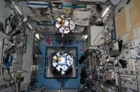 Zwevende Spheres in het ISS