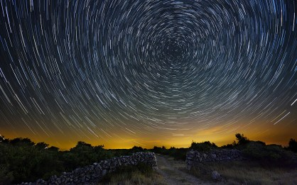 cres_star-trails
