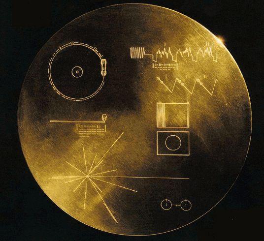 Disco Voyager 1 para civilización extraterrestre