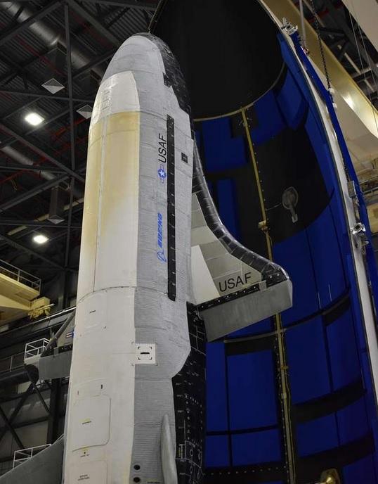xxx - La navette top secret X37-B repart en mission avec un nouveau module