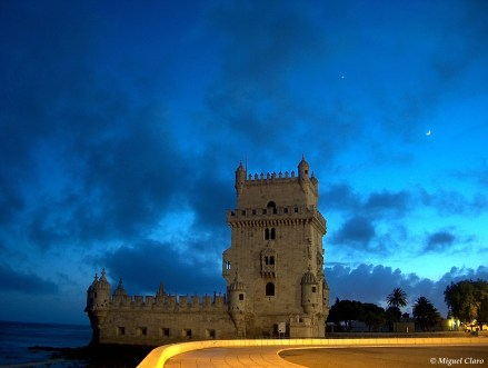 Torre de Belém Vénus e Lua