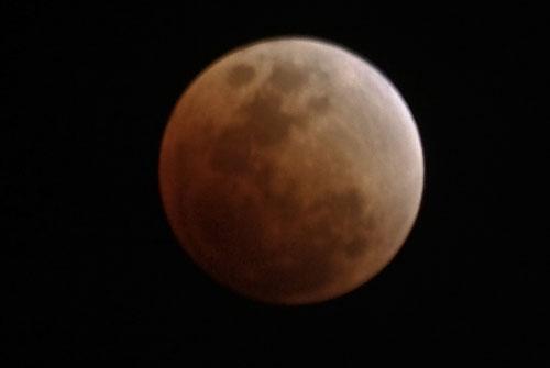 Fotografía de Juan Guzman del eclipse de Luna 6/6