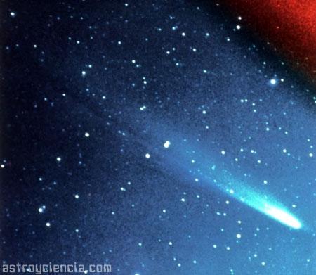 Cometa en el cielo
