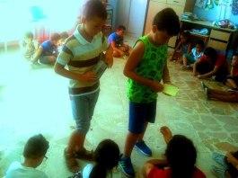 i bambini della scuola E. De amicis di Palermo progettano e costruiscono la loro città ideale.