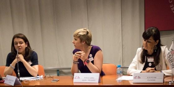 De izq. a derecha: la abogada polaca Beata Komarnicka Nowak, Patricia Suárez y Franca Berno, presidenta de Tuconfin