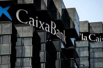 Un tribunal condena a Caixabank