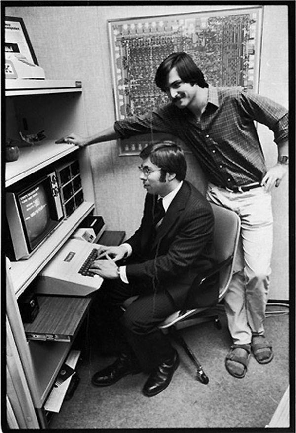 apple computer and steve wozniak In 1976, steve jobs and steve wozniak created the first apple computer, the  apple i.
