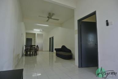 green villa apartment sungai tangkas