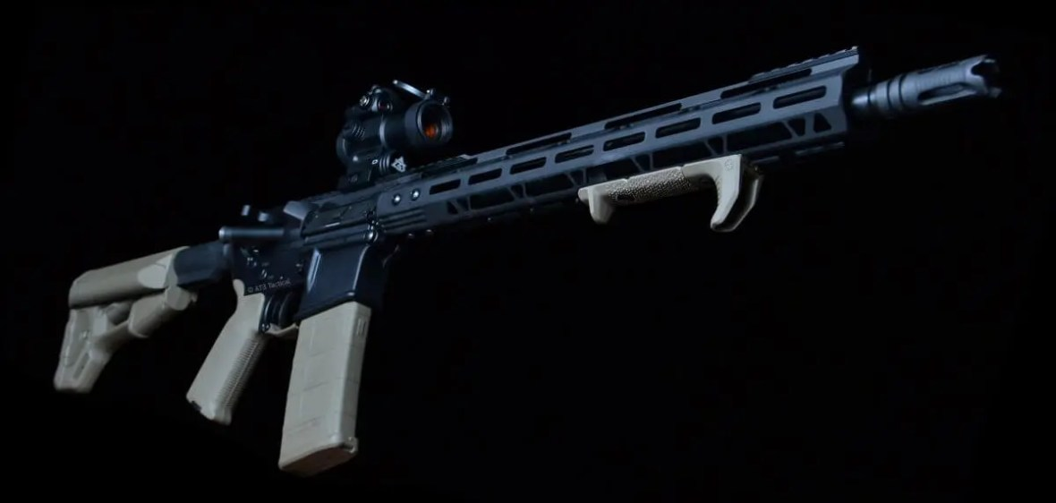 AT3™ PROLOK M-LOK™ AR-15 Free Float Handguard Night Shot