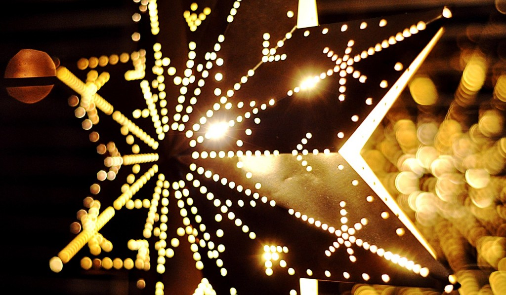 [Happy Holiday message - star lights picture]