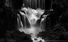 Black and White: Dramatic light at the Cataratas de Iguazu, seen from the Brazilian side