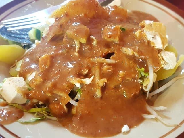Selada Model di Pangkal Pinang (1)