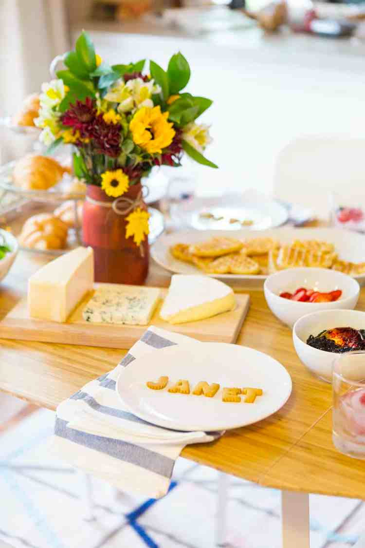 10 Tips For Hosting A Successful Dinner Party