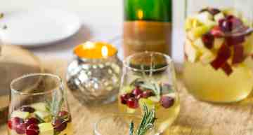 Holiday Cocktails: Winter Sangria