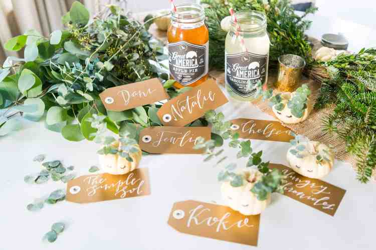 diy-no-carve-mini-pumpkin-place-cards
