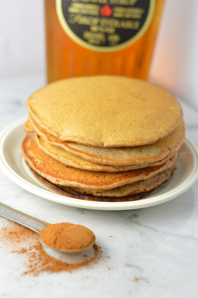 Healthy Whole Wheat Gingerbread Pancakes ready in under 15 minutes. Made without molasses and fluffy on the inside, how can you resist?