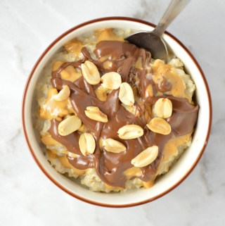 Easy Peanut Butter Nutella Microwave Oatmeal is so comforting and quick to make. One of my favourite go-to breakfast recipes.