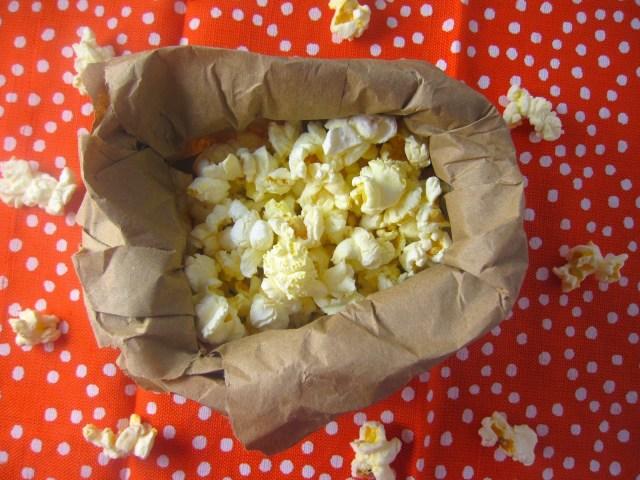 Easy Microwave Popcorn