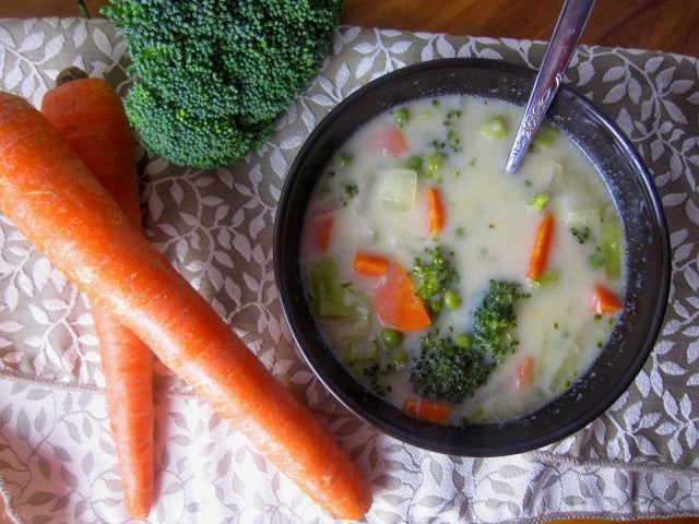 30 Minute Creamy Vegetable Soup
