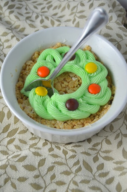 Rice Krispie Wreaths For One