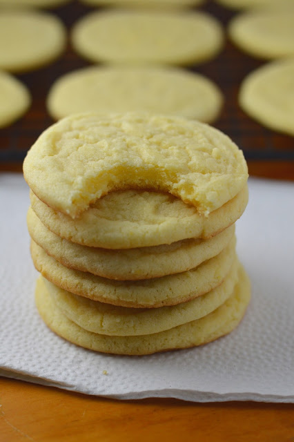 Citrus Egg Yolk Cookies
