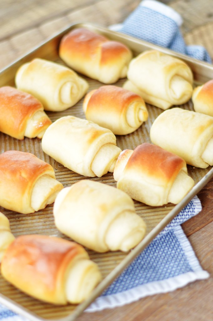 Lion House Dinner Rolls by A Teaspoon of Home