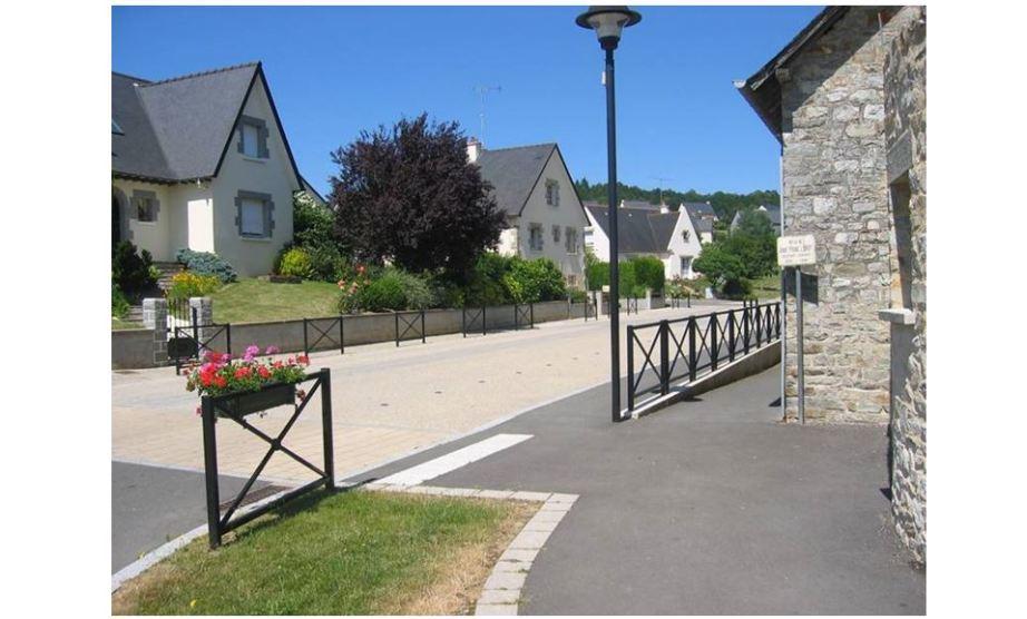 Ville de Montreuil sous Pérouse - Réalisation ABE