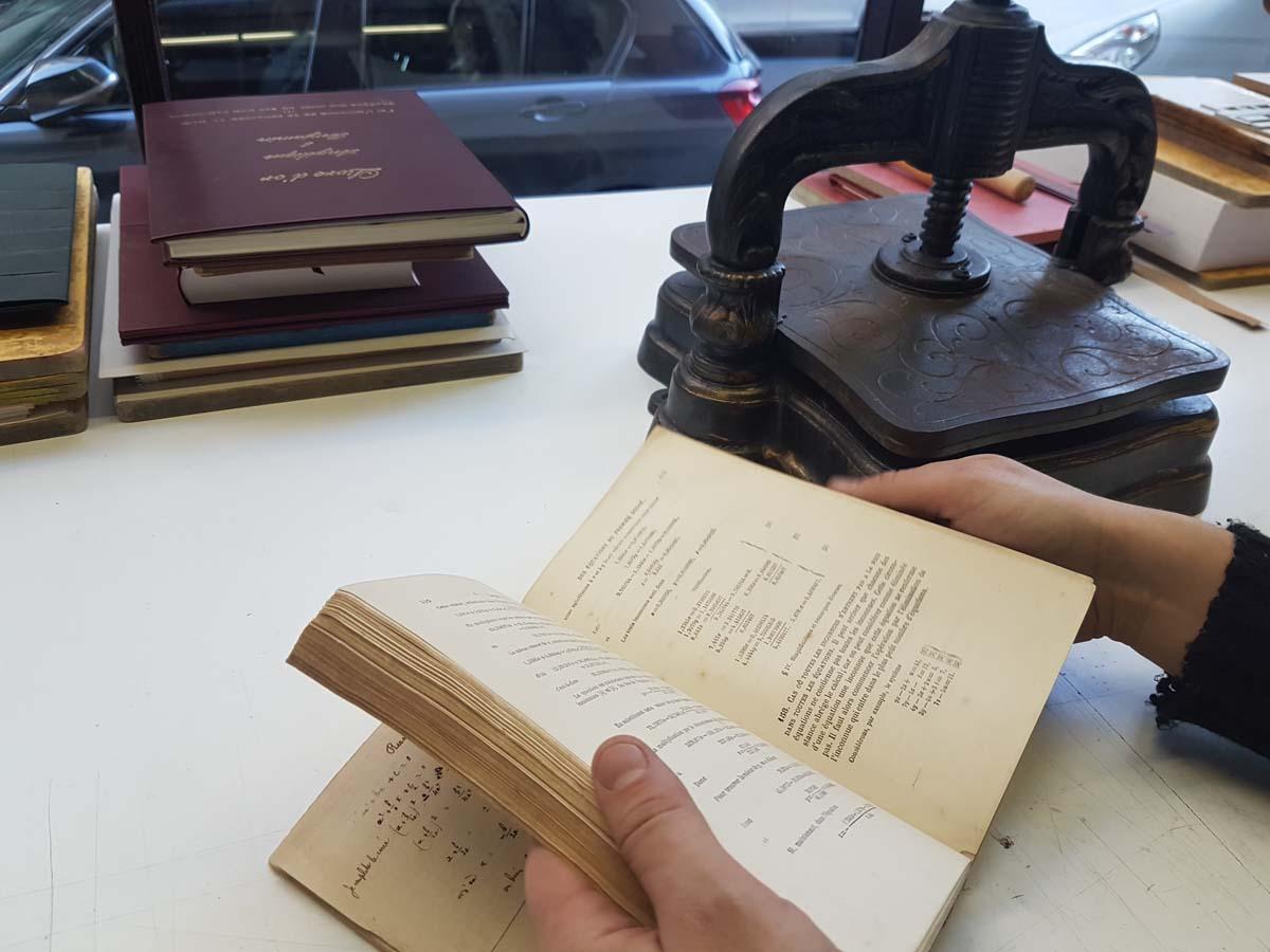 livres-anciens-atelier-reliure-relieur-geneve-suisse