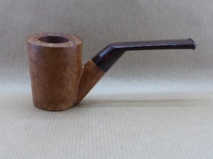vue de gauche d'une pipe de la collection Horizons en bruyère