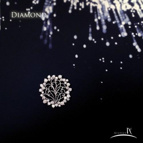ダイヤモンドブローチ