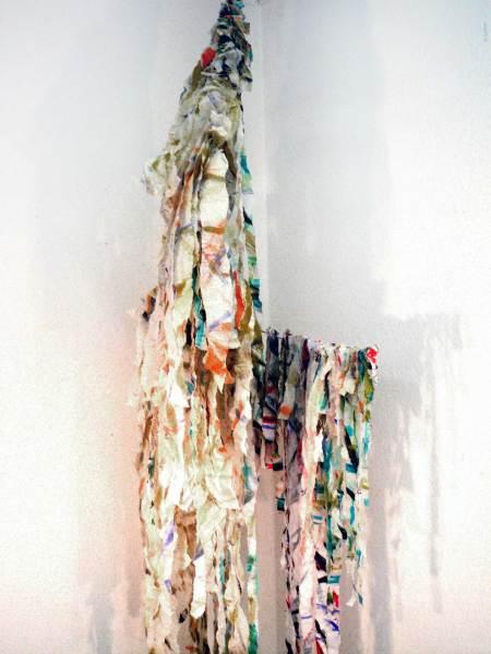 Papierwald, Papier, Aquarell, Draht, Höhe 230cm