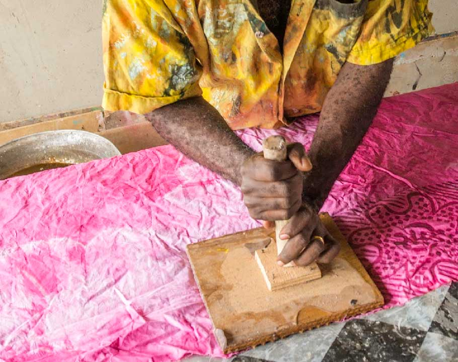 Handmade Batik In Ghana stamp the cloth