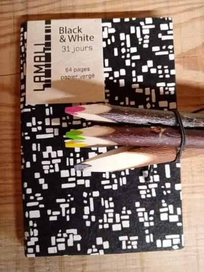 kit papeterie black & white