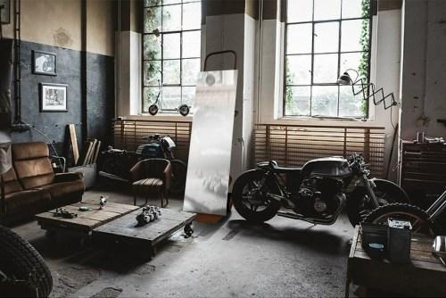 Mobilier de garage ancien chariot
